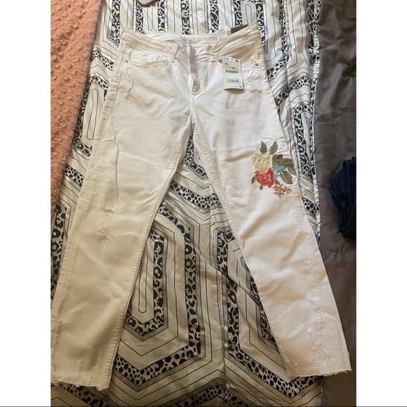 Zara white jeans with design